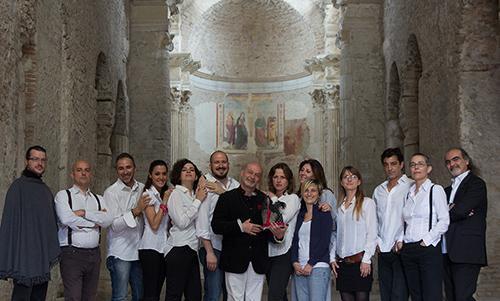 Da San Simone a San Salvatore: due chiese per due spettacoli