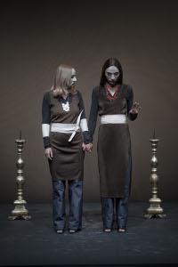 Daria Deflorian e Monica Piseddu (foto di Duccio Burberi)